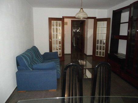 Se vende piso con balcón grande Zona Norte-comedor