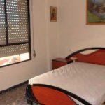 Se vende piso con balcon en zona norte-habitacion