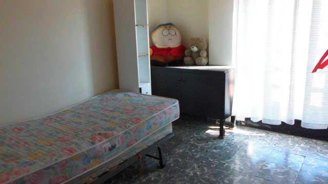 Se vende piso con balcon en zona norte-habitacion 2