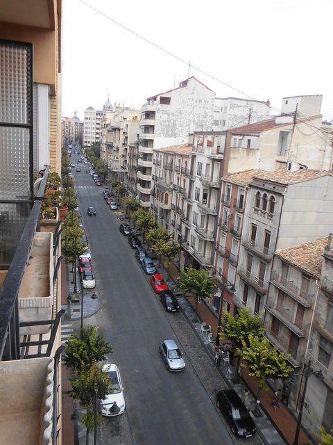 Se vende piso con buenos balcones en Zona Centro-vistas-2