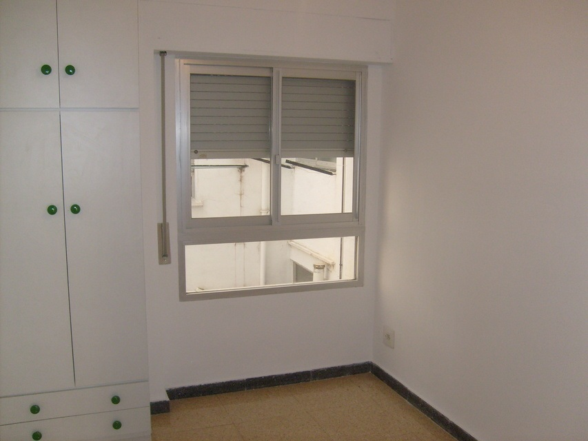 Se-vende-piso-con-plaza-de-garaje-Zona-Norte-habitacion-3