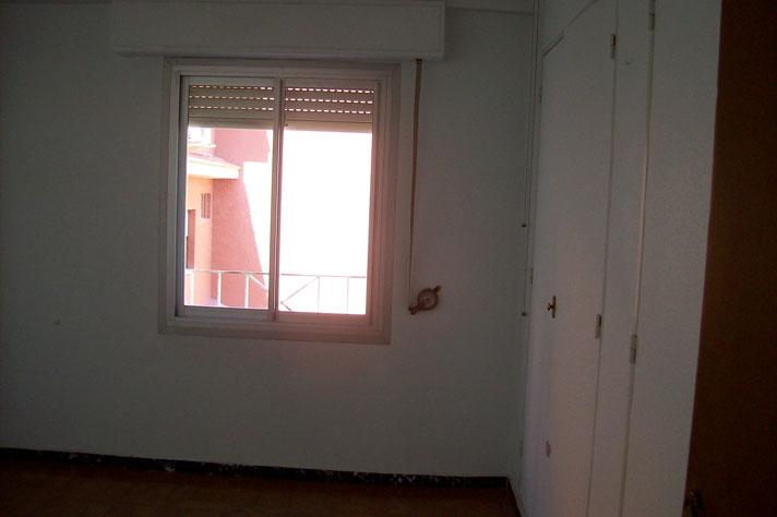 Se vende piso de 3 habitaciones y trastero en Zona Norte-habitacion 2