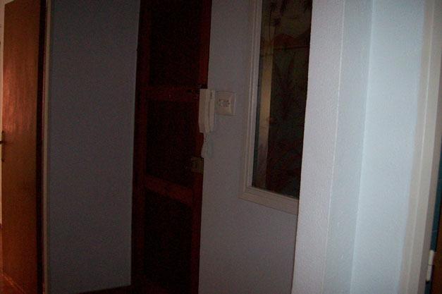 Se vende piso de 3 habitaciones y trastero en Zona Norte-pasillo