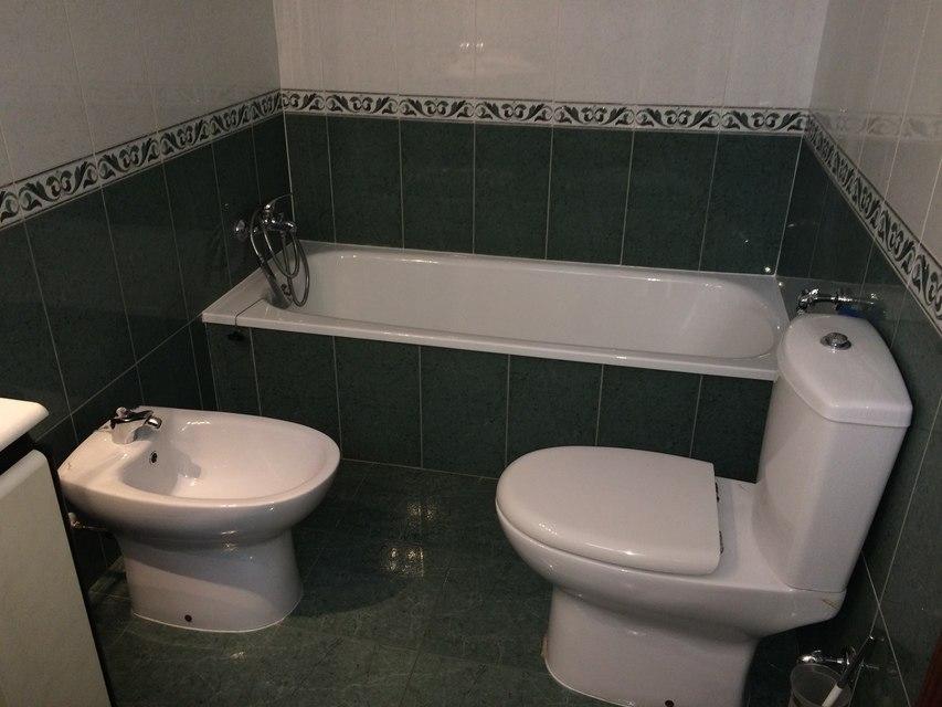 Se vende piso muy bonito en la Zona Alta-bano1-1
