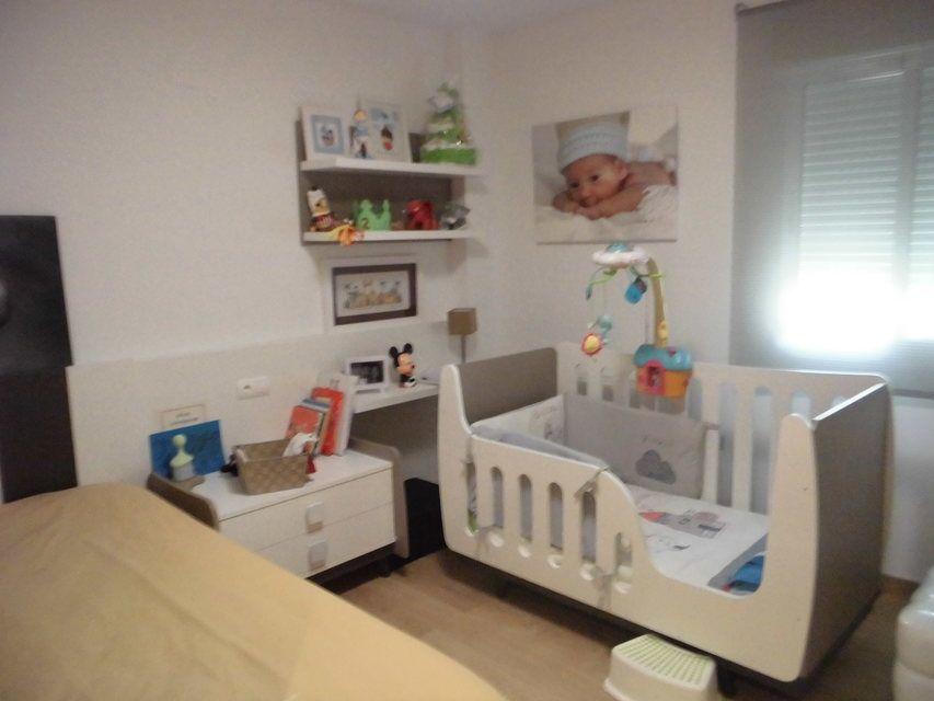 Se vende piso muy soleado y bonito en la Zona Alta-habitacion3