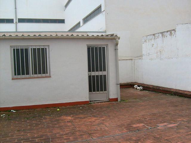 hogar con una gran terraza exterior en ensanche - terraza