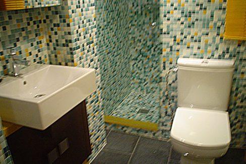 Piso con instalaciones nuevas en el Centro. - Baño