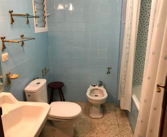 Vivienda soleada y con vistas en Ensanche-baño
