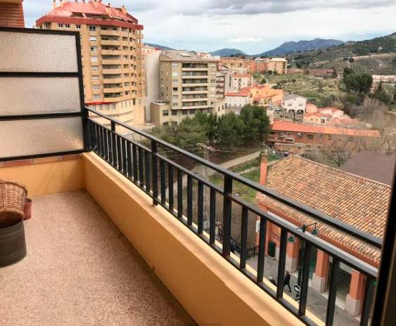 Vivienda soleada y con vistas en Ensanche-terraza