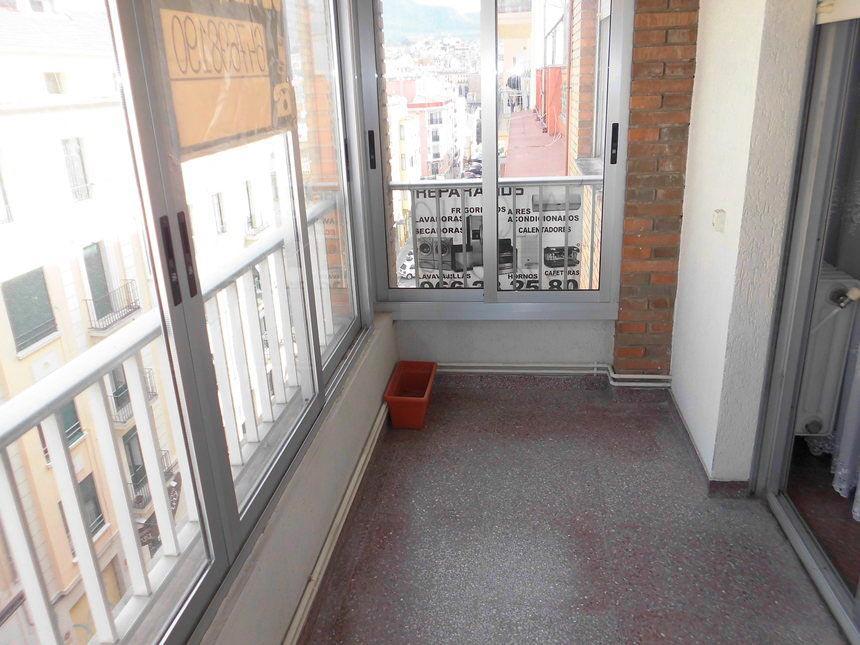 Vivienda con plaza de garaje en Ensanche-terraza