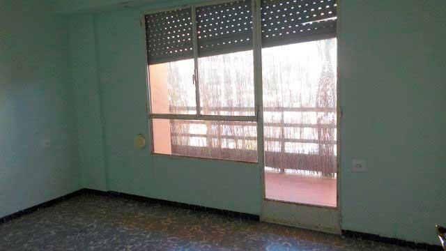SE VENDE PISO DE 98 m² EN ZONA NORTE, ALCOY-habitacion