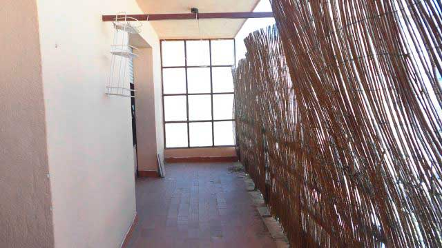 SE VENDE PISO DE 98 m² EN ZONA NORTE, ALCOY-terraza