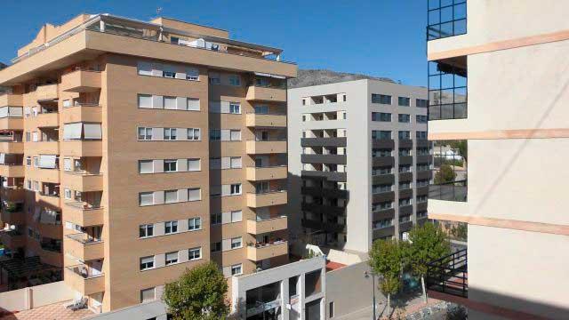 SE VENDE PISO DE 98 m² EN ZONA NORTE, ALCOY-vistas 2
