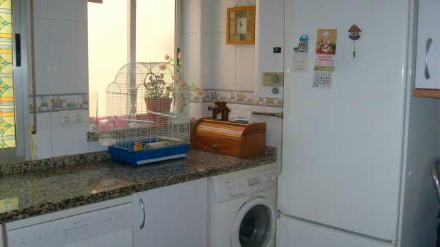 Se vende piso de 70 m² en Zona Norte-cocina