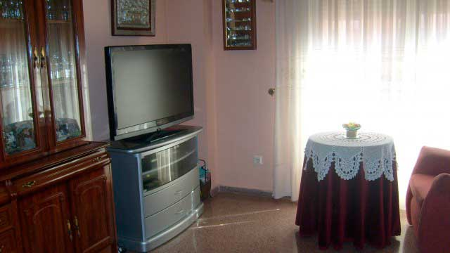 Se vende piso de 70 m² en Zona Norte-salon 2