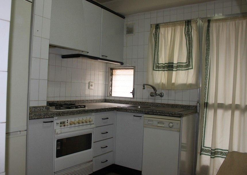 Vivienda muy bonita con plaza de garaje en Santa Rosa-cocina1
