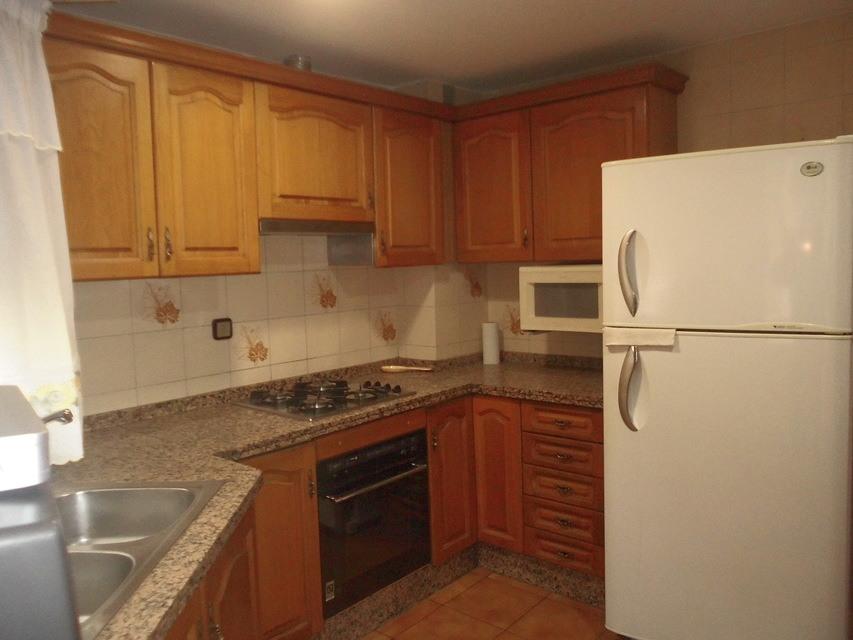 Vivienda muy espaciosa en Ensanche-cocina2