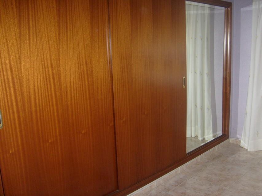 piso reformado muy soleado en santa rosa alcoy - armarios empotrados