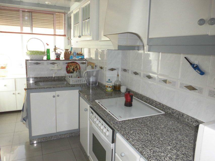 Pequeño y confortable piso en la zona Santa Rosa - Cocina 3