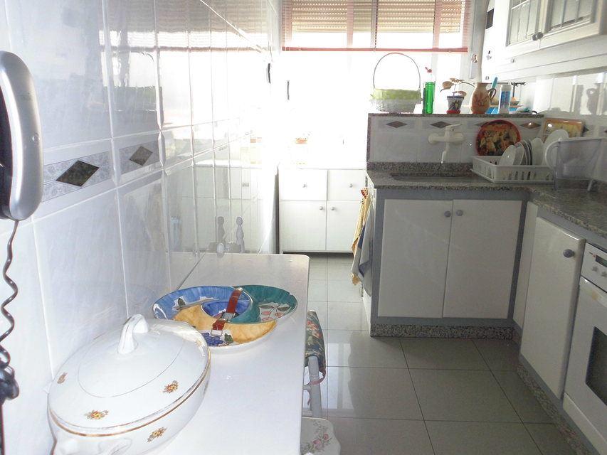 Pequeño y confortable piso en la zona Santa Rosa - Cocina