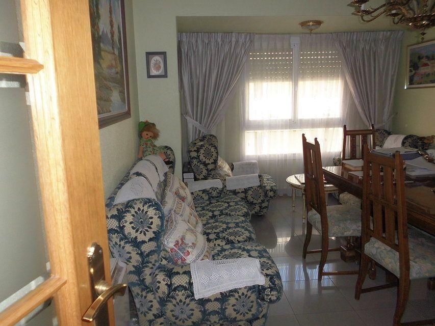 Pequeño y confortable piso en la zona Santa Rosa - salon