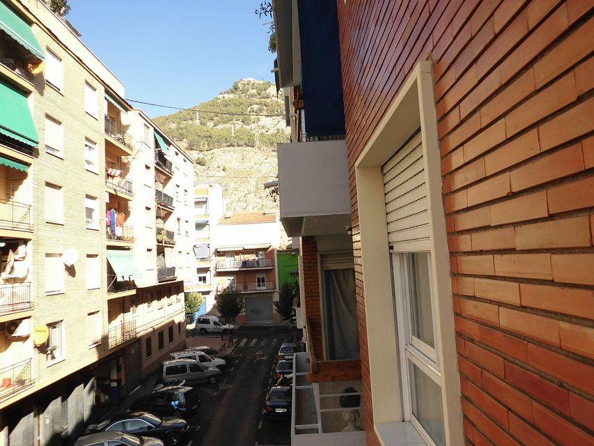 Pequeño y confortable piso en la zona Santa Rosa - vistas 2