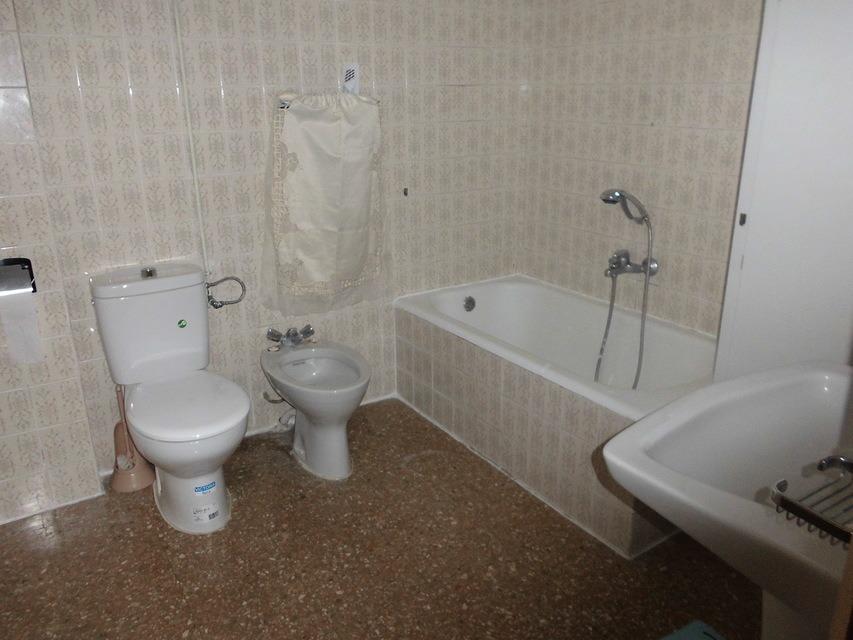 Precioso y luminoso piso en Santra Rosa - Banyo