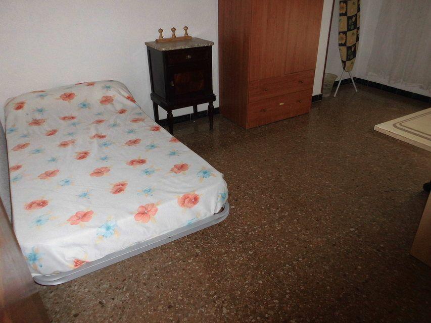 Espacioso piso en zona Romeral - Habitacion 2