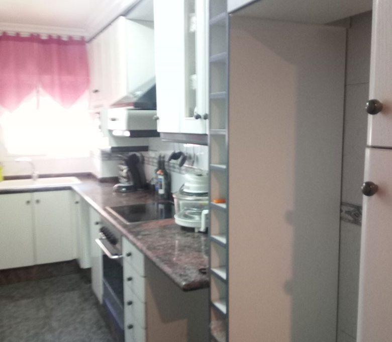 piso en calle murillo cocina