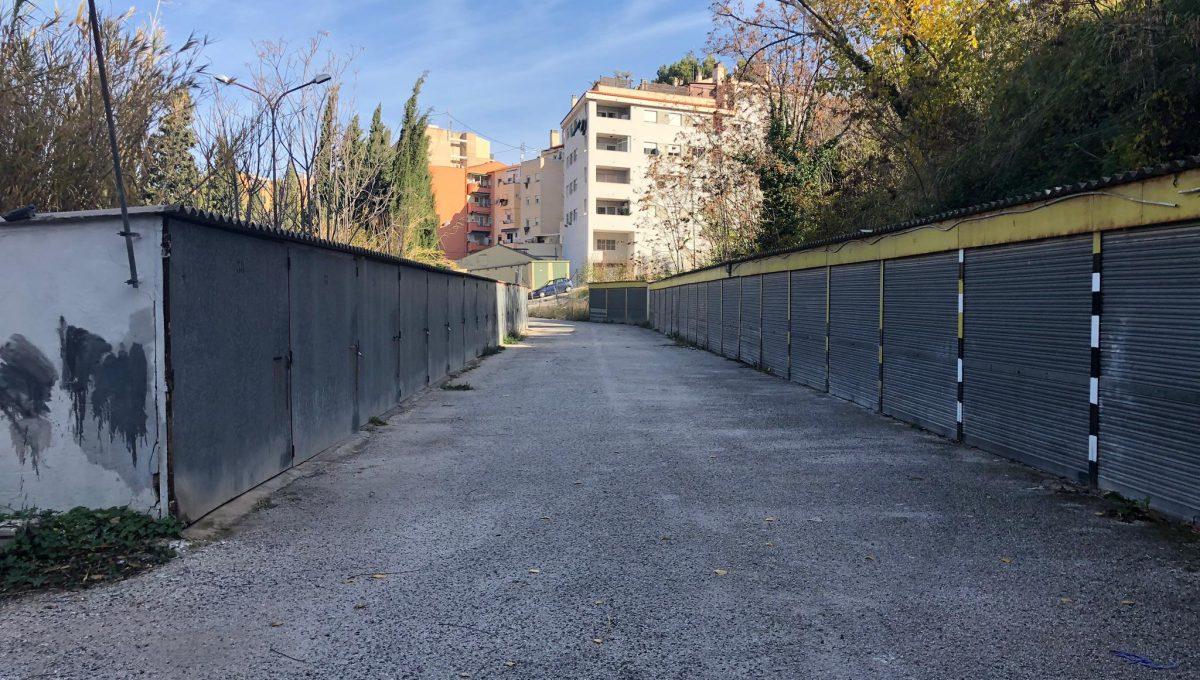 Amplia parcela en la zona Beniata-acceso-2