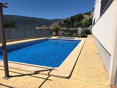 Adosado con piscina comunitaria en Ensanche - Piscina comunitaria 2