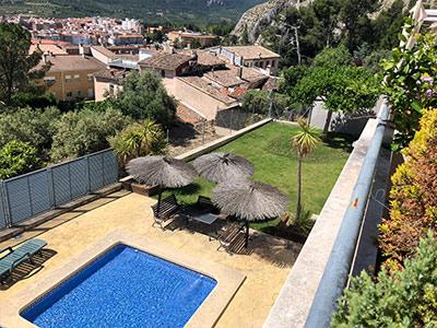 Adosado con piscina comunitaria en Ensanche - Piscina comunitaria con jardin