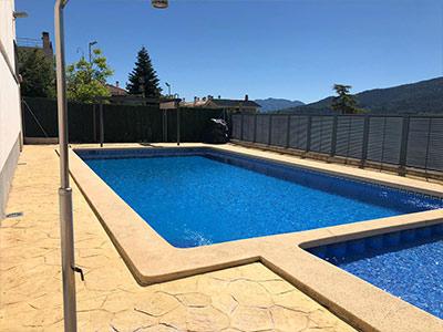 Adosado con piscina comunitaria en Ensanche - Piscina comunitaria