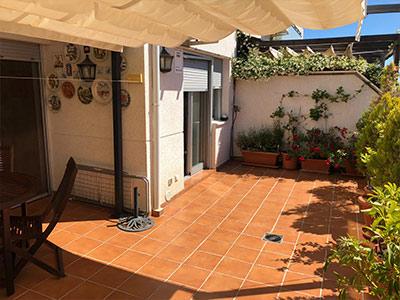 Adosado con piscina comunitaria en Ensanche - terraza 3