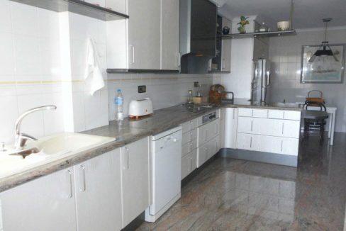 En venta gran piso en Ensanche cocina