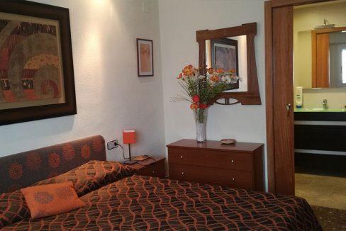 Piso de 120 m2 en Santa rosa dormitorio con aseo