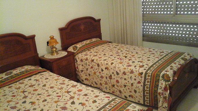 gran piso semi reformado en ensanche dormitorio 2
