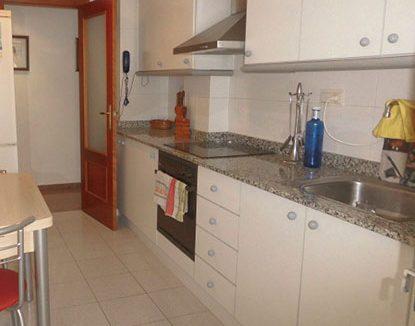 Piso amplio y en perfecto estado zona ensanche - cocina