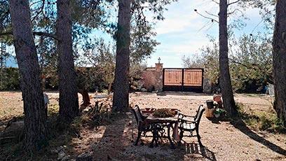Hermosas Vistas en casa de Campo en Gaianes-jardin