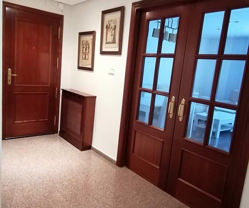 acogedor-piso-con-terraza-ensanche-pasillo