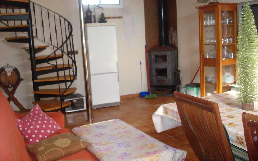 bello chalet con torre en Castalla-salon4