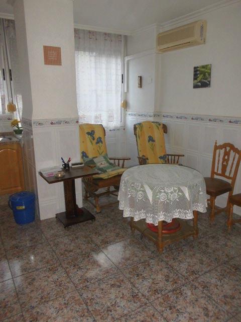 bonito y entrañable piso en ensanche-cocina