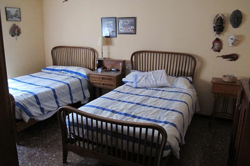 enorme_piso_de_estilo_tradicional_dormitorio1
