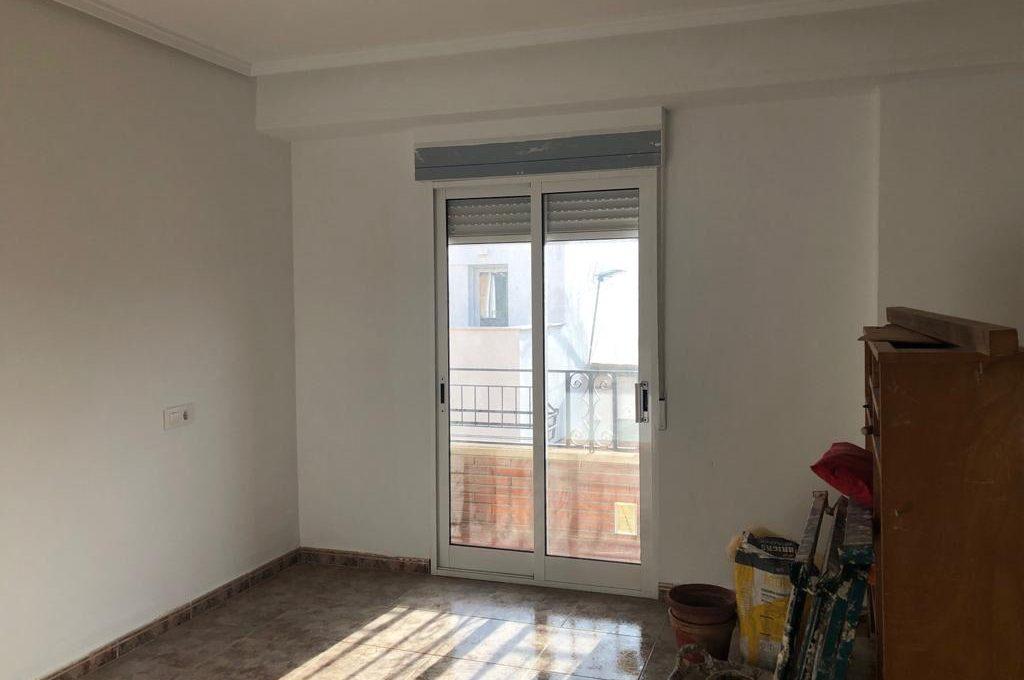 increible luminoso piso a reformar en ensanche-habitacion