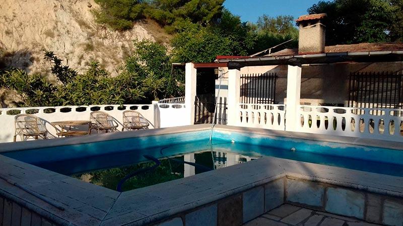 rustica e increible casa de campo en muro-piscina