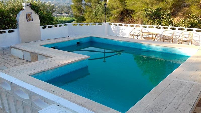 rustica e increible casa de campo en muro-piscina2