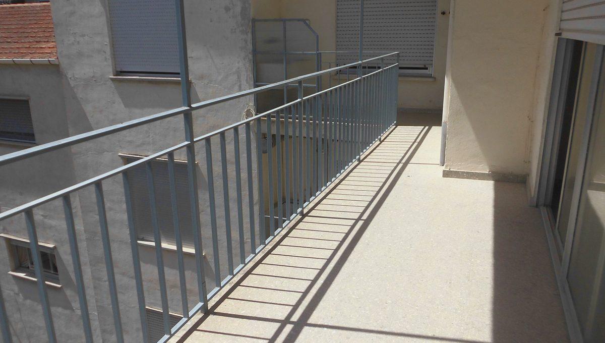 Piso muy soleado balcón 2