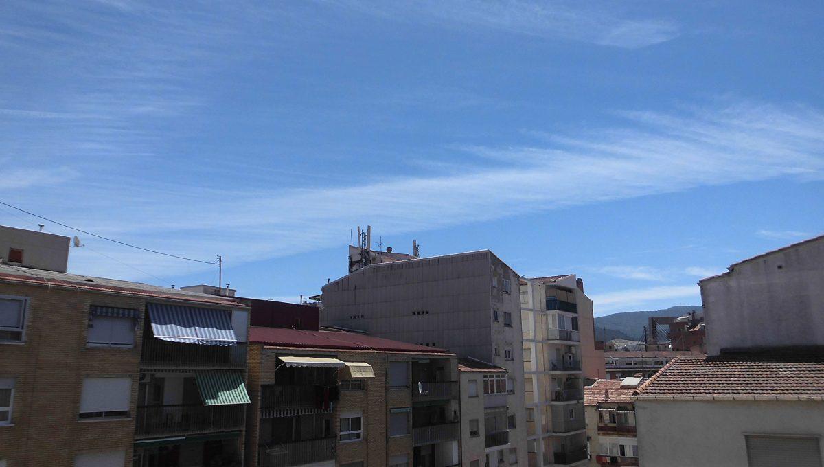 Piso muy soleado balcón 3