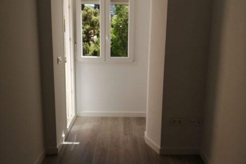 alquiler-de-piso-cerca-de-la-glorieta-segunda entrada 2