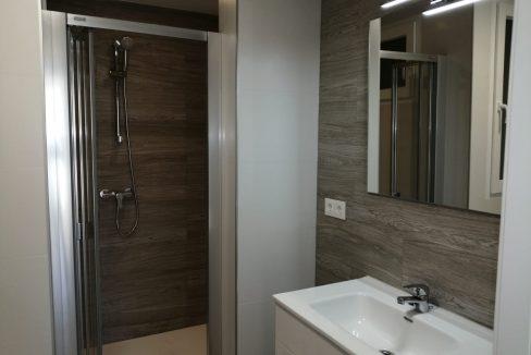 alquiler-de-piso-cerca-de-la-glorieta banyo 1